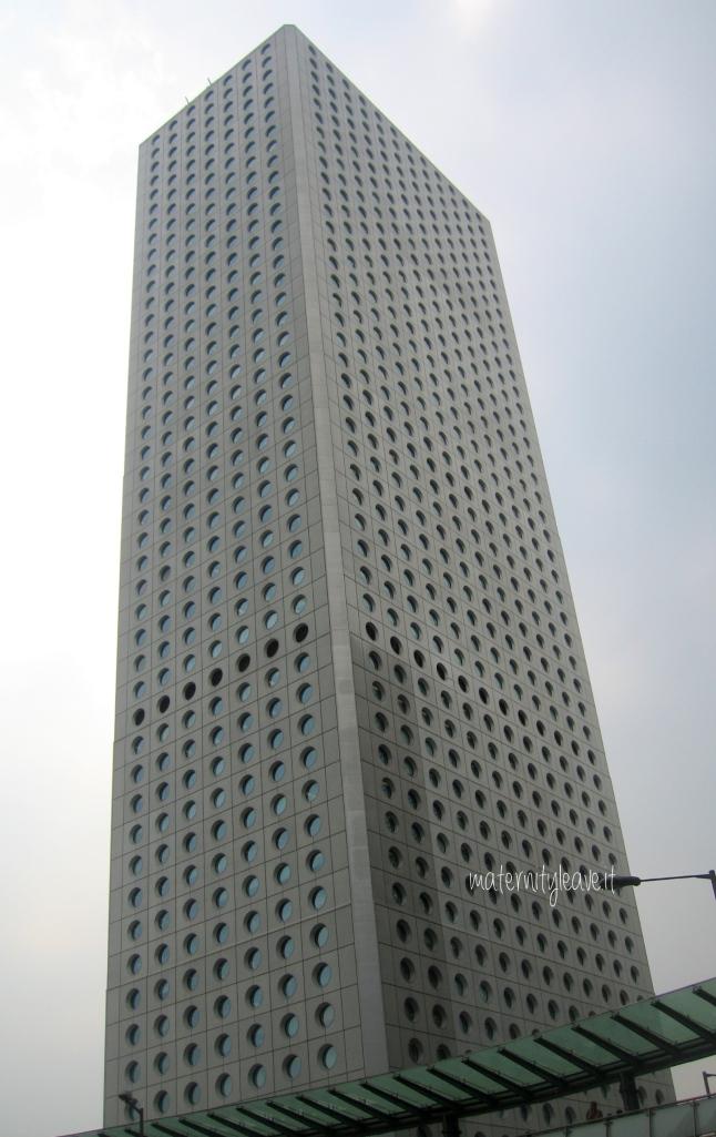 HK 011