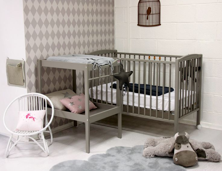 design dream nursery  Maternity Leave