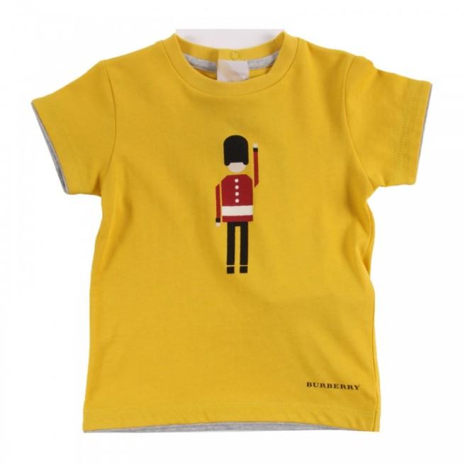 Burberry_t-shirt-soldato-inglese-giallo